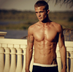 beautiful-body-boy-cam-gigandet-hot-Favim.com-321520
