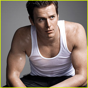 jonathan-groff-bares-muscles-for-out-magazine