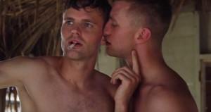Jan-Versteegh-and-Tim-Hofman-kiss-3
